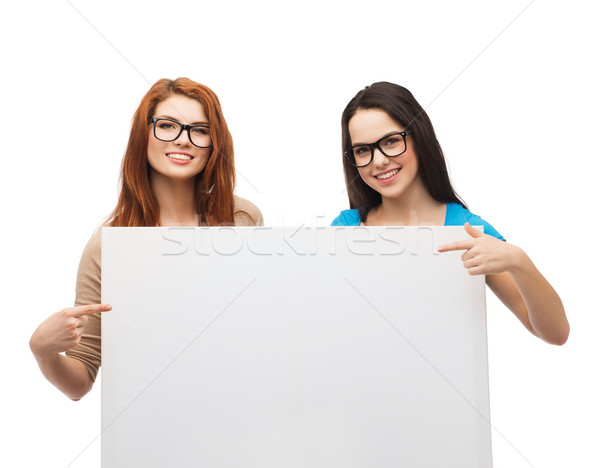 Сток-фото: два · улыбаясь · девочек · очки · совета · видение