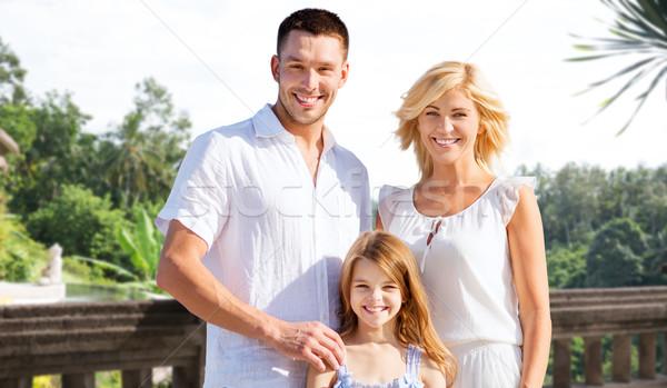 Famille heureuse vacances d'été Resort plage été vacances Photo stock © dolgachov