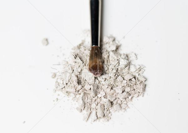 Közelkép sminkecset szemhéjfesték kozmetika smink szépség Stock fotó © dolgachov