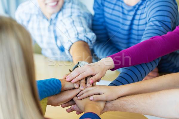 グループ 高校 学生 手 先頭 教育 ストックフォト © dolgachov