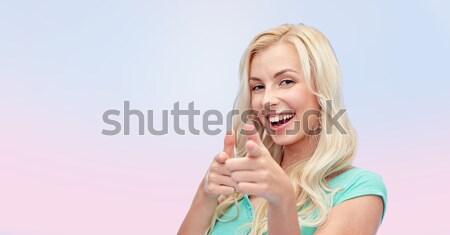 Foto stock: Feliz · mulher · jovem · indicação · dedo · gesto · pessoas