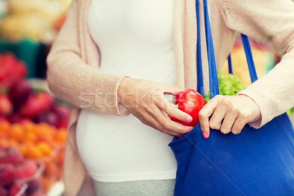 ストックフォト: 妊婦 · 買い · 食品 · 通り · 市場 · 販売
