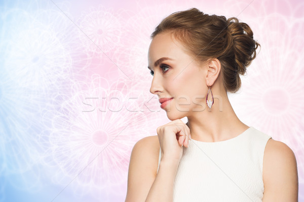 Sorrindo vestido branco pérola jóias luxo casamento Foto stock © dolgachov