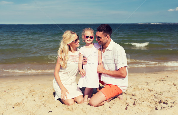Glückliche Familie Sonnenbrillen Sommer Strand Reise Urlaub Stock foto © dolgachov