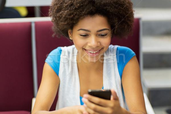 African Studenten Mädchen Smartphone Vortrag Bildung Stock foto © dolgachov