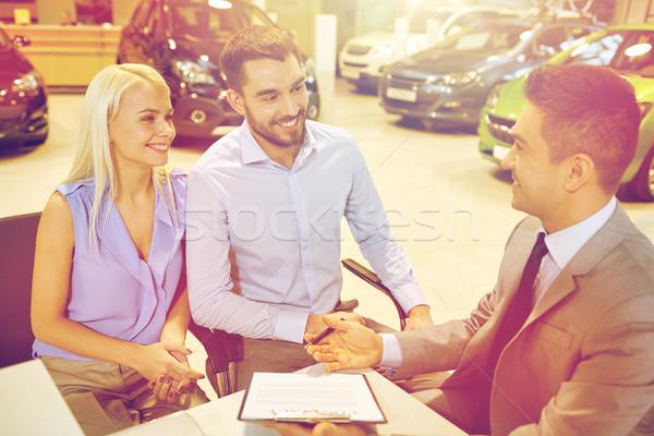 счастливым пару Автосалон Auto шоу салона Сток-фото © dolgachov