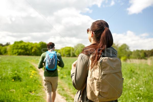 幸せ カップル ハイキング 屋外 旅行 観光 ストックフォト © dolgachov