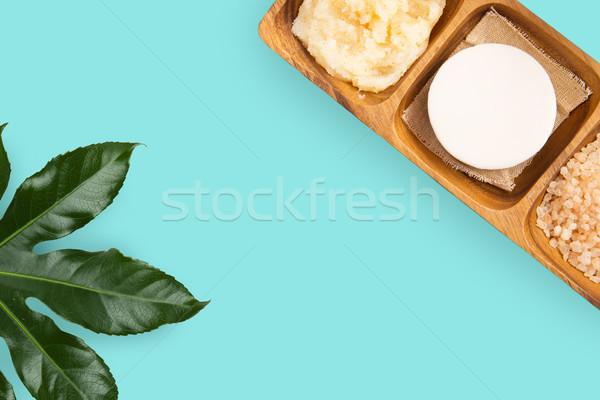 Szappan rózsaszín só test bozót fürdő Stock fotó © dolgachov