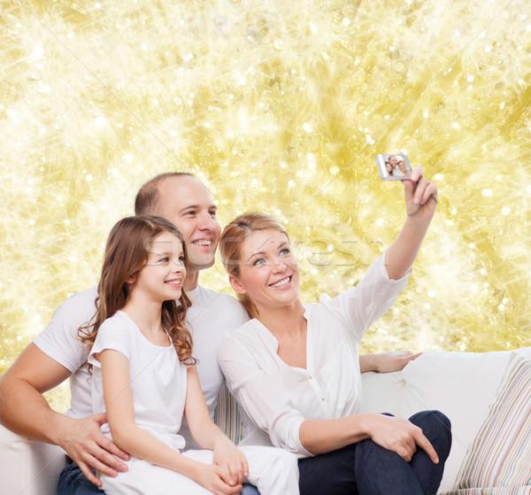 幸せな家族 カメラ ホーム 家族 休日 技術 ストックフォト © dolgachov
