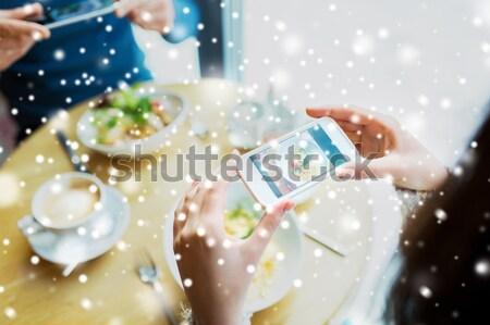 Lesbische paar champagne bril mensen Stockfoto © dolgachov