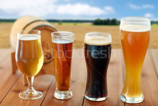 Diverso birra occhiali tavola fabbrica di birra bevande Foto d'archivio © dolgachov
