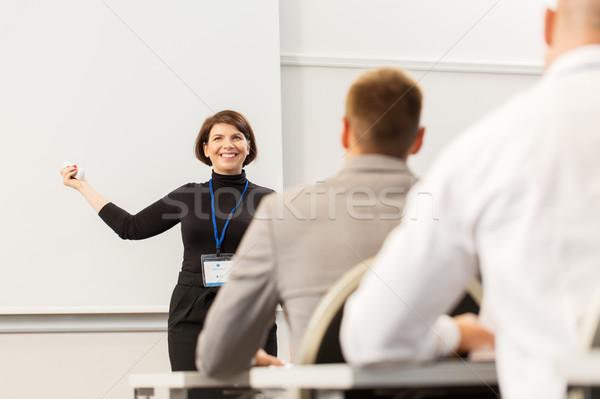 Csoportkép üzlet konferencia előadás oktatás emberek Stock fotó © dolgachov