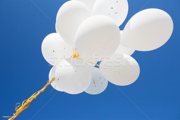 белый гелий шаров Blue Sky праздников Сток-фото © dolgachov