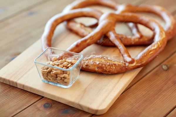 ピーナッツ プレッツェル 木製のテーブル 食品 ストックフォト © dolgachov