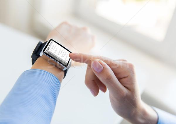Közelkép kezek kódolás okos óra üzlet Stock fotó © dolgachov
