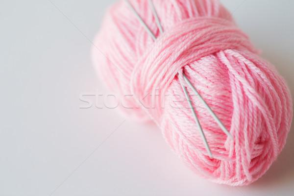 Naalden bal roze garen handwerk Stockfoto © dolgachov