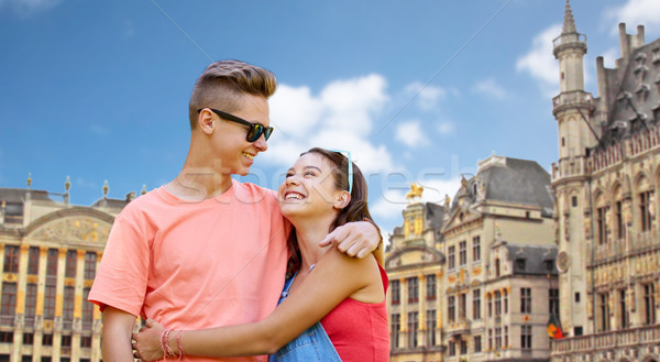 Feliz adolescente casal Bruxelas cidade Foto stock © dolgachov