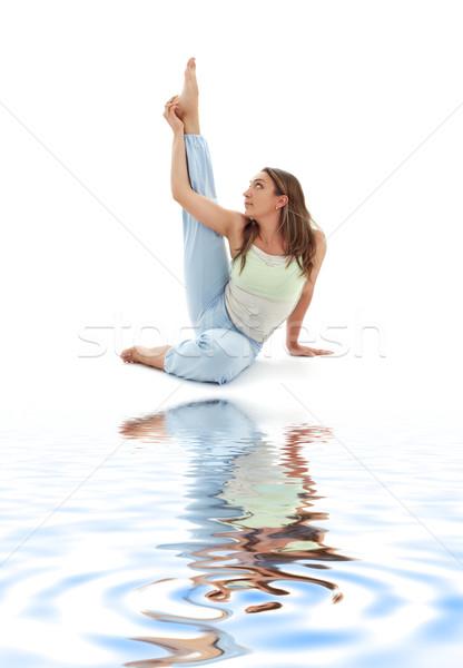 Reiger pose wit zand meisje oefenen vrouw Stockfoto © dolgachov