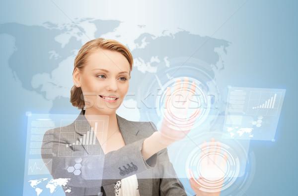 Empresária trabalhando virtual quadro mulher mãos Foto stock © dolgachov