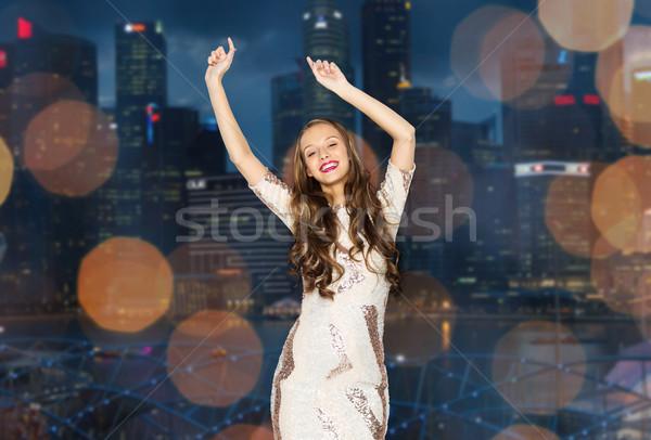 Feliz muchacha adolescente noche ciudad personas Foto stock © dolgachov