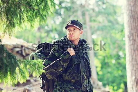 żołnierz hunter pistolet snem lasu polowanie Zdjęcia stock © dolgachov