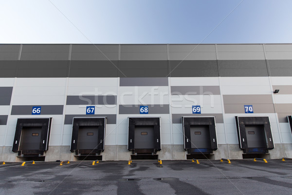 Magazynu przechowywania budynku przemysłowych nowoczesne Zdjęcia stock © dolgachov