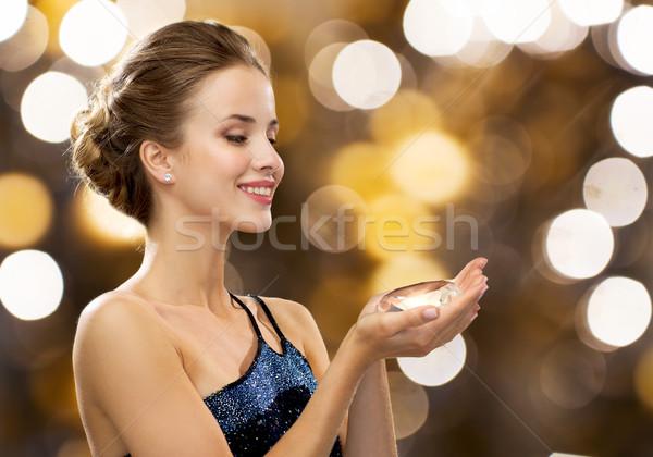 Sorrindo vestido de noite diamante pessoas férias Foto stock © dolgachov