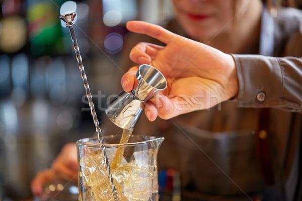 Stockfoto: Barman · cocktail · glas · bar · alcohol · dranken