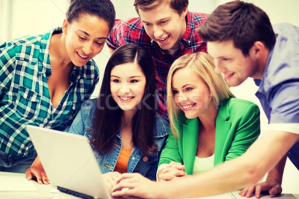 Studentów patrząc wykład szkoły edukacji Zdjęcia stock © dolgachov