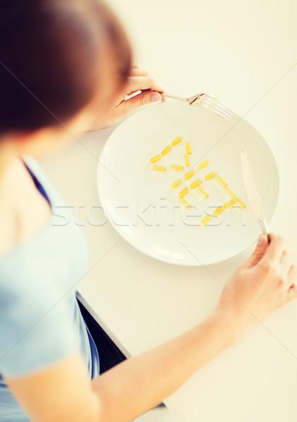 Nő tányér sport egészségügy diéta kezek Stock fotó © dolgachov