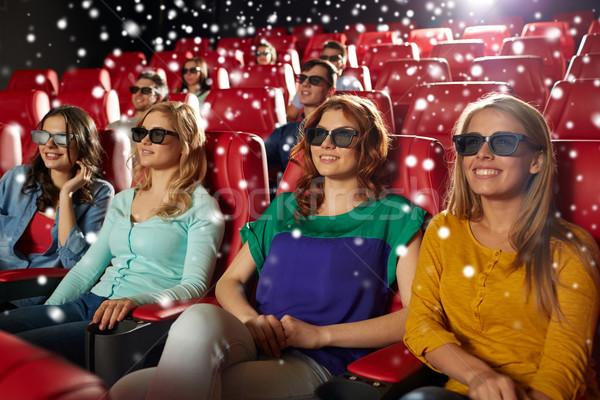 Boldog női barátok néz film 3D Stock fotó © dolgachov