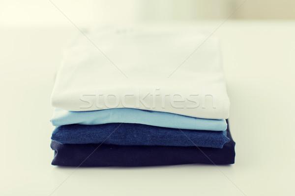 Doblado mesa lavandería ropa Foto stock © dolgachov