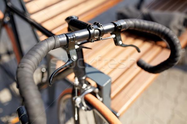 Fissato attrezzi bicicletta strada trasporto Foto d'archivio © dolgachov