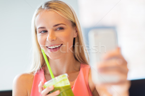 Stock fotó: Nő · okostelefon · elvesz · étterem · technológia · emberek
