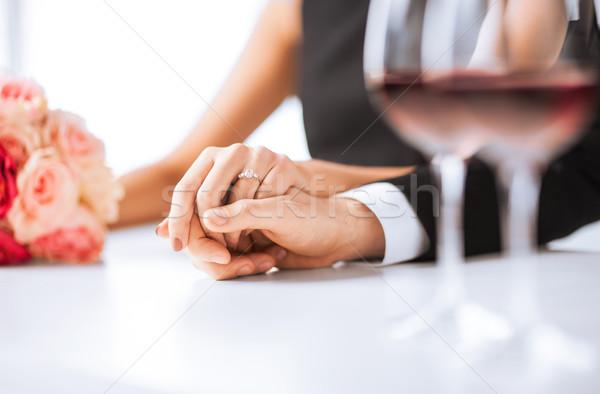 従事 カップル ワイングラス 画像 レストラン 花 ストックフォト © dolgachov