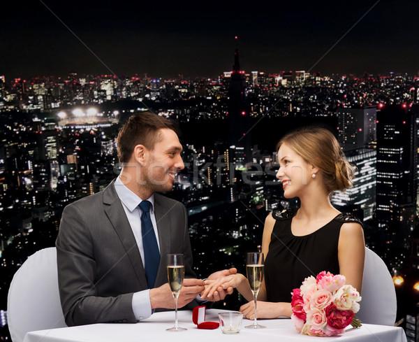 Zdjęcia stock: Człowiek · sympatia · restauracji · para · wakacje · uśmiechnięty