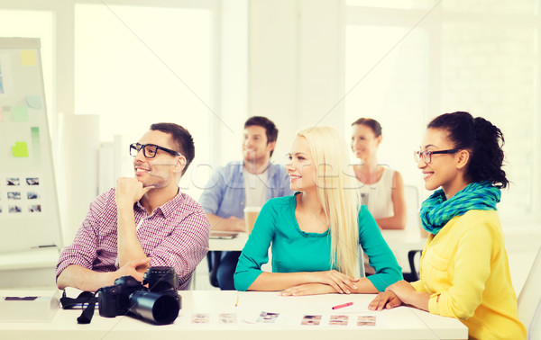 Mosolyog csapat dolgozik iroda üzlet oktatás Stock fotó © dolgachov