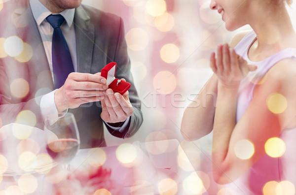 Eccitato fidanzato anello Coppia amore Foto d'archivio © dolgachov