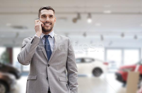 Сток-фото: улыбаясь · бизнесмен · говорить · смартфон · Auto · бизнеса