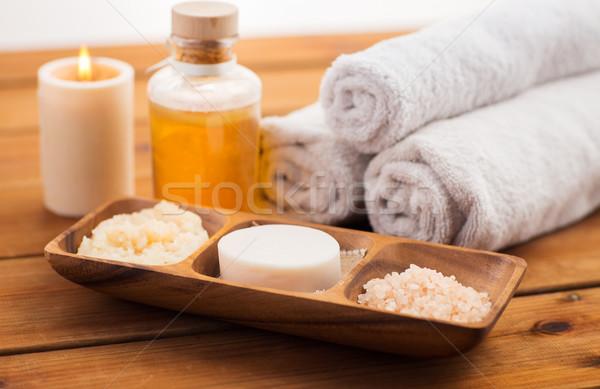 Közelkép szappan só bozót tál szépségszalon Stock fotó © dolgachov