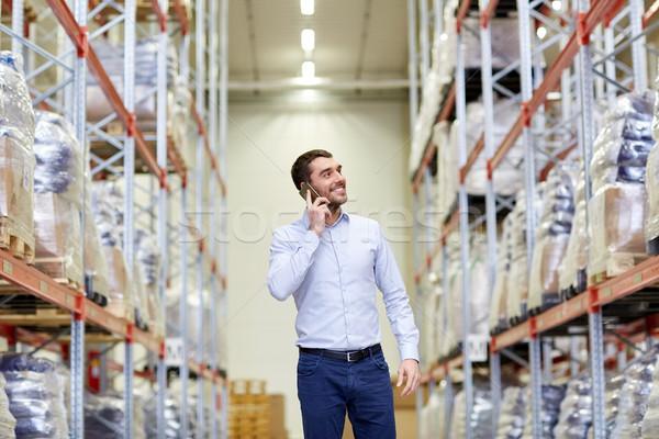 счастливым человека призыв смартфон склад оптовая торговля Сток-фото © dolgachov