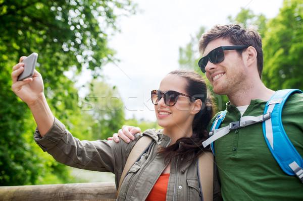 Сток-фото: пару · смартфон · путешествия · походов · туризма