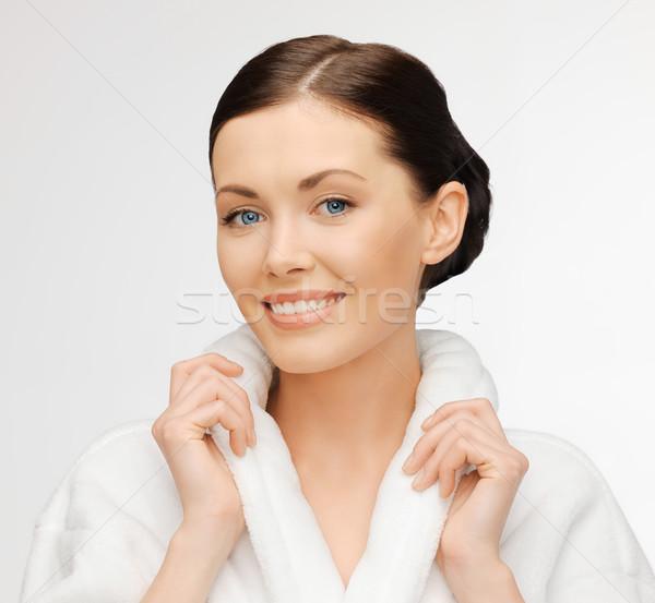 Mooie vrouw badjas heldere portret foto Stockfoto © dolgachov