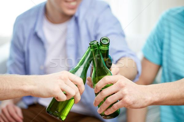 Stockfoto: Mannelijke · vrienden · drinken · bier · home