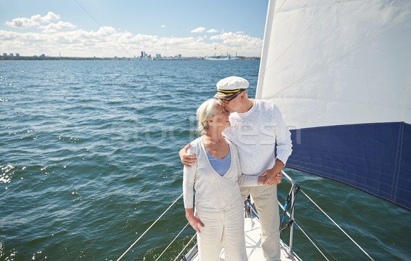 Zoenen zeil boot jacht zee Stockfoto © dolgachov