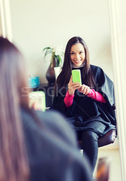 Mutlu genç kadın kuaför güzellik insanlar Stok fotoğraf © dolgachov