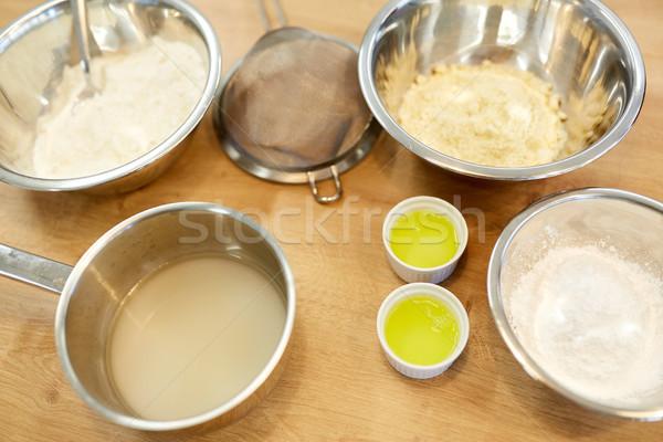 Bolos harina huevo panadería cocina cocina Foto stock © dolgachov