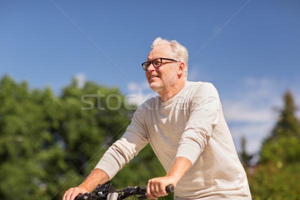 счастливым старший человека верховая езда велосипед лет Сток-фото © dolgachov