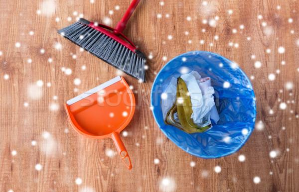 Hulladék tároló szemét padló háztartás háztartás Stock fotó © dolgachov