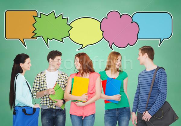 Csoport mosolyog tinédzserek iskola oktatás kommunikáció Stock fotó © dolgachov